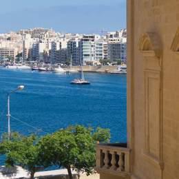 Viajes de Idiomas en Familia en St. Julians, Malta