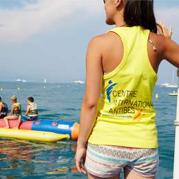 Corsi di lingua per genitori e figli ad Antibes, Costa Azzurra